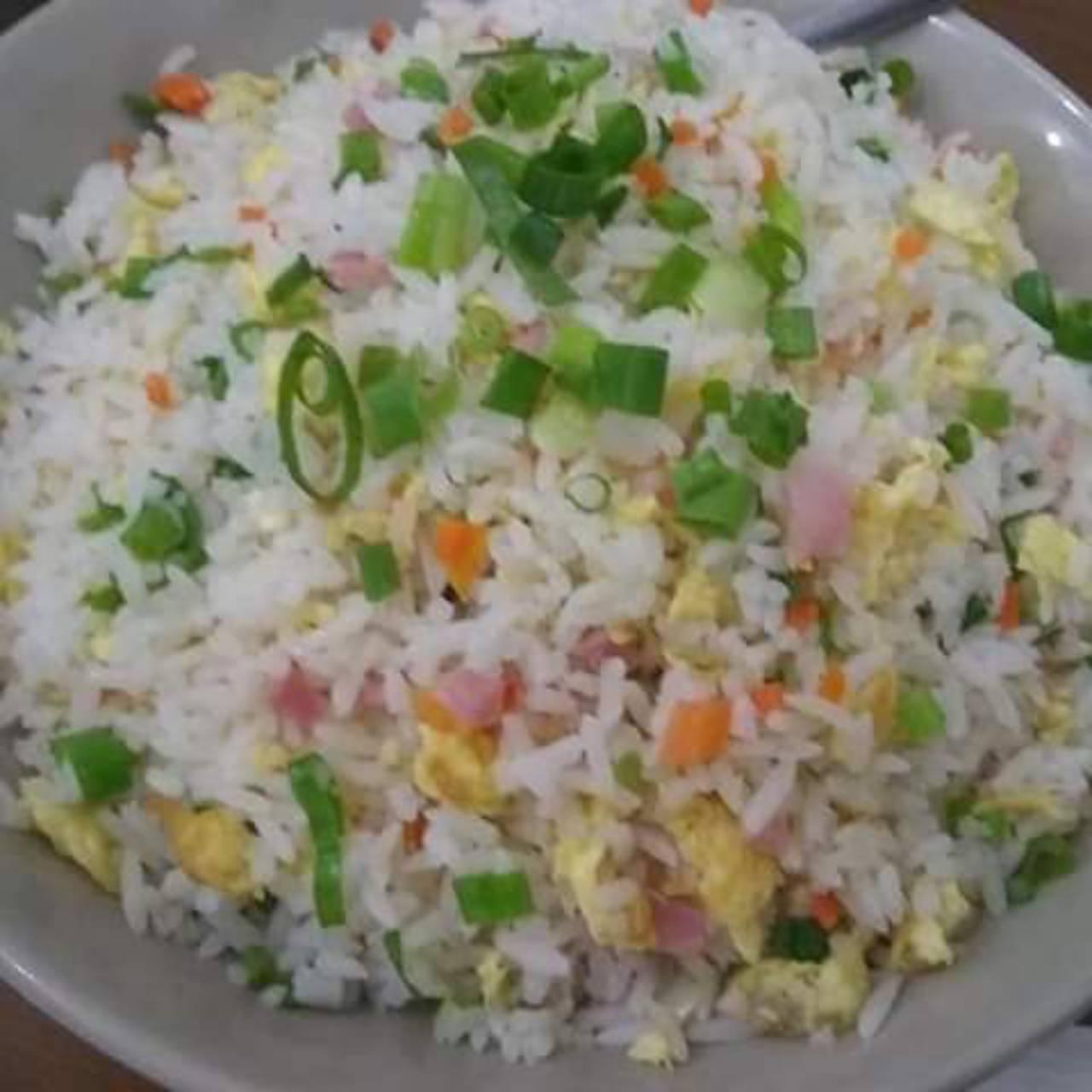 Camarão com legumes e castanhas de caju  por Oriental Restaurante Botucatu