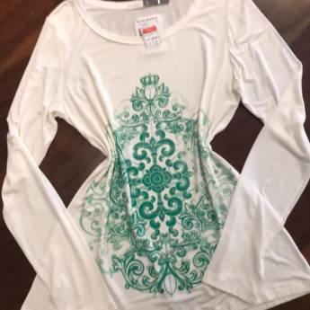 Comprar o produto de Blusa mariana manga longa off white com estampa - All Side em Roupas e Acessórios em Botucatu, SP por Solutudo
