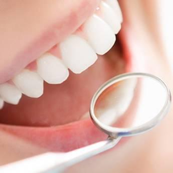Comprar o produto de Restauração Estética Dental em Odontologia em Foz do Iguaçu, PR por Solutudo