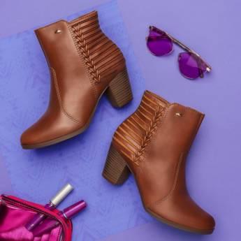 Comprar o produto de Botas e Sapatos em Feminino pela empresa Lojas Conceito Confecções e Calçados - Vestindo e Calçando Toda a Família em Atibaia, SP por Solutudo