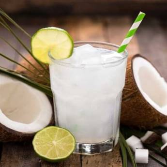 Comprar o produto de Bebida • Água de Coco em Outras Bebidas pela empresa Old Home Burger Gourmet  em Atibaia, SP por Solutudo