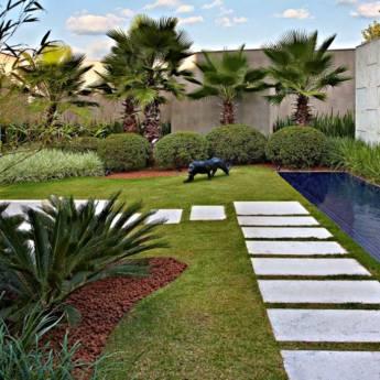 Comprar o produto de Paisagismo em Casa, Móveis e Decoração pela empresa HG Clean - Jardim e Piscina em Atibaia, SP por Solutudo