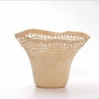 Comprar o produto de Chapéu de Palha jarro 3 em Floriculturas em Botucatu, SP por Solutudo