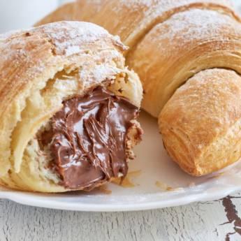 Comprar o produto de Croissant de Chocolate em Salgados Doces em Atibaia, SP por Solutudo