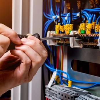 Comprar o produto de Interligação de potência entre Quadro de transferência / Rede / Carga em Instalação Elétrica em Atibaia, SP por Solutudo