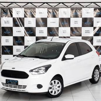 FORD KA – 1.0 SE PLUS 12V FLEX 4P MANUAL 2017/2018 em Botucatu, SP por Seven Motors Concessionária