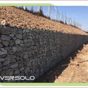 Comprar produto Muros de Arrimo em Estacas e Fundações pela empresa Versolo Sondagens e Fundações em Botucatu, SP