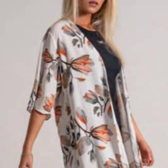 Comprar o produto de Kimono florido BOOQ em Roupas e Acessórios pela empresa Loja Ego - Moda Feminina Multimarcas em Botucatu, SP por Solutudo