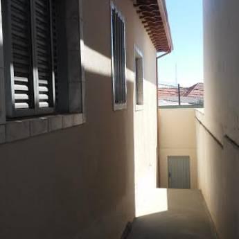 Comprar o produto de Casa Centro em Aluguel - Casas pela empresa Ideal Imóveis em Botucatu, SP por Solutudo