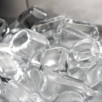 Comprar o produto de Saco de gelo em cubos  em Alimentação Saudável em Botucatu, SP por Solutudo
