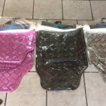 Comprar o produto de Tapetes Cromados em A Classificar em Botucatu, SP por Solutudo