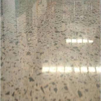 Comprar o produto de Piso de concreto: polido tijolinho/ concreto brilhante em Outros Serviços em Botucatu, SP por Solutudo