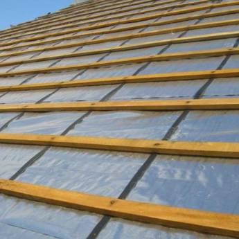 Comprar o produto de Manta sobre cobertura em Materiais para Construção em Atibaia, SP por Solutudo