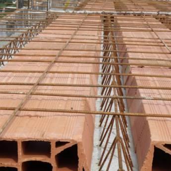 Comprar o produto de Lajes em Materiais para Construção em Atibaia, SP por Solutudo