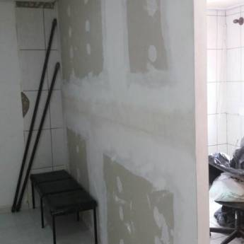 Comprar o produto de Divisória em Gesso em Construção em Tietê, SP por Solutudo