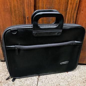 Comprar o produto de Pasta Notebook  em Outros pela empresa Só Capas Acessórios em Foz do Iguaçu, PR por Solutudo