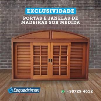 Comprar produto Janelas de Madeira sob Medida em Esquadrias de Alumínio pela empresa Esquadrimax em Botucatu, SP