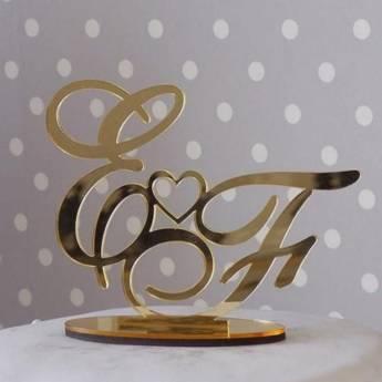 Comprar produto Letras em Acrílico para Casamentos e Aniversários em Outros pela empresa Lu Arts Corte, Gravação a Laser e Presentes e Decoração em Botucatu, SP