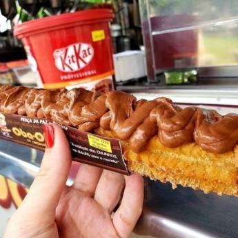 Comprar o produto de KitKat Cremoso em Bolos e Doces pela empresa Churros Oba-Oba em Bauru, SP por Solutudo