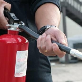 Comprar o produto de Treinamentos de brigada em Outros Serviços pela empresa CLP Extintores em Jundiaí, SP por Solutudo