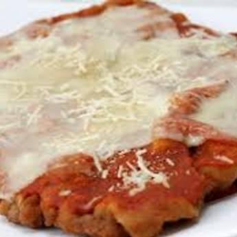Comprar o produto de Parmegiana em Pratos Principais pela empresa Chikas Restaurante em Botucatu, SP por Solutudo
