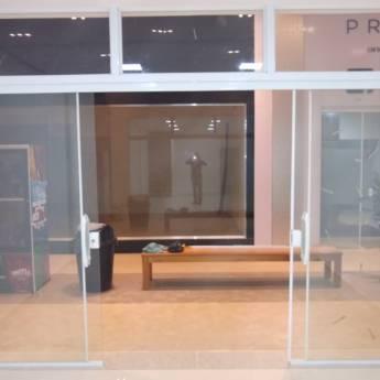 Comprar o produto de Portas de Correr em Vidraçaria em Botucatu, SP por Solutudo