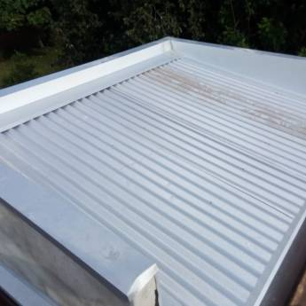 Comprar o produto de Rufo e telhado da caixa d'água em Construção pela empresa Iguaçu Calhas em Foz do Iguaçu, PR por Solutudo