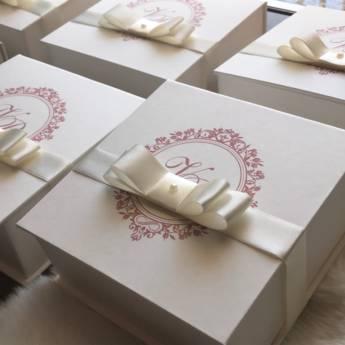 Comprar o produto de Convites Pais Padrinhos: Caixas de Cartonagem em Convites Pais e Padrinhos em Jundiaí, SP por Solutudo