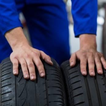 Comprar o produto de Conserto de pneu de carro em Oficina em Birigui, SP por Solutudo