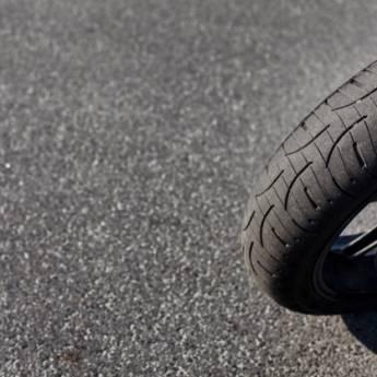 Comprar o produto de Troca de pneu de moto em Oficina em Birigui, SP por Solutudo