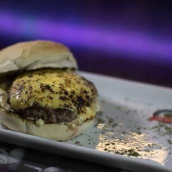 Comprar o produto de Lanche • Menphis em Lanches pela empresa Old Home Burger Gourmet  em Atibaia, SP por Solutudo