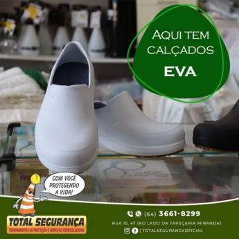 Comprar o produto de Calçados EVA  em Equipamentos de Segurança pela empresa Total Segurança em Mineiros, GO por Solutudo