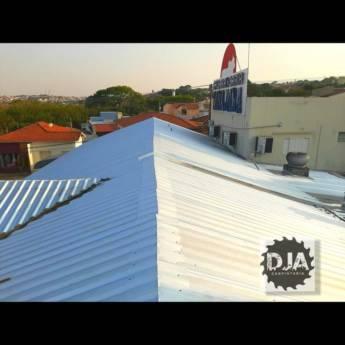 Comprar produto Telhado Galvanizado em Carpintaria - Estruturas e Produtos de Madeira pela empresa DJA Carpintaria em Botucatu, SP