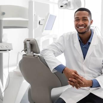 Comprar o produto de Seguro para Profissionais Liberais (Médicos, Dentistas, Engenheiros) em Corretoras de Seguros em Botucatu, SP por Solutudo