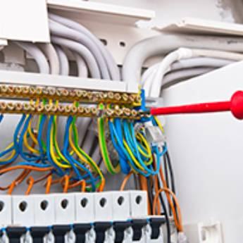 Comprar o produto de Manutenção Elétrica em Eletricistas em Botucatu, SP por Solutudo