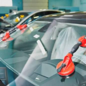 Comprar o produto de Instalação de Vidros Automotivos  em Vidros Automotivos em Botucatu, SP por Solutudo