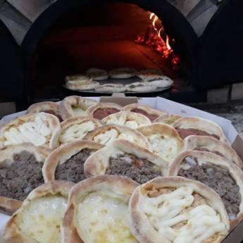 Comprar o produto de esfihas em Pizzarias em Botucatu, SP por Solutudo