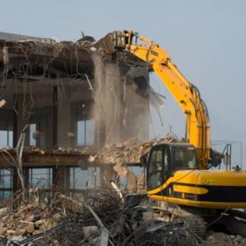 Comprar produto Demolições em Demolições pela empresa Gruppi Concreto em Botucatu, SP