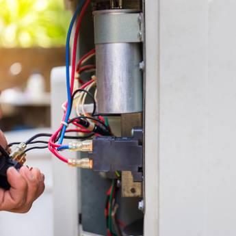 Comprar produto Eletricista  em Eletricistas pela empresa CL Construção e Limpeza em Boituva, SP