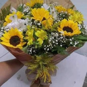 Comprar produto buquês   em Floriculturas pela empresa Floricultura Toques do Coração a Floricultura do Bairro em Botucatu, SP