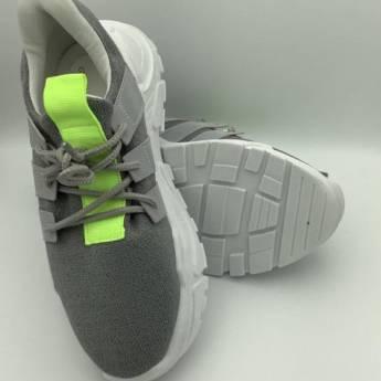 Comprar produto Tênis tricot on cinza com cadarço em Tênis pela empresa Geovana Freitas Calçados em Bauru, SP