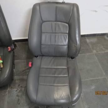 Comprar o produto de Lavagem de Bancos  em Lava - Rápido - Estética Automotiva em Botucatu, SP por Solutudo