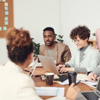 Comprar o produto de Treinamento: Relacionando-se com Qualidade no Ambiente de Trabalho (Presencial ou Online) em Treinamentos e Palestras em Jundiaí, SP por Solutudo
