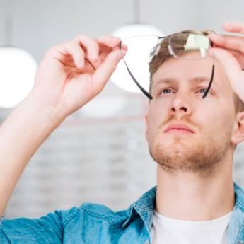 Comprar o produto de Óculos completo! em Ótica pela empresa Gold & Silver em Botucatu, SP por Solutudo