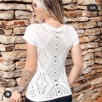 Comprar produto Camiseta em Roupas Femininas pela empresa Malui Boutique em Guarulhos, SP
