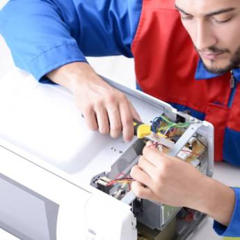 Comprar o produto de Conserto de Microondas em Assistência Técnica para Eletrônicos - Eletrodomésticos em Foz do Iguaçu, PR por Solutudo