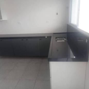 Comprar o produto de Pia e balcão para cozinha em Mármore em São Pedro, SP por Solutudo