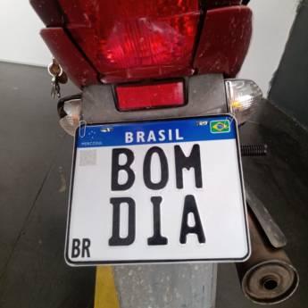 Comprar o produto de Emplacamento de moto em Placas para Veículos em Bady Bassitt, SP por Solutudo
