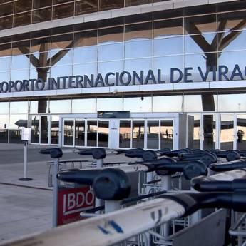 Comprar o produto de Translado para Aeroporto de Viracopos  em Motoristas Particulares - Transportes Executivos em Jundiaí, SP por Solutudo