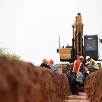 Comprar produto Terraplanagem  em Outros Serviços pela empresa Gruppi Concreto em Botucatu, SP